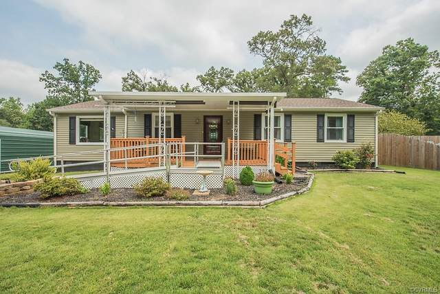 4308 Hyde Park Drive, Chester, VA 23831 (MLS #2121904) :: EXIT First Realty