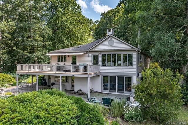 180 Cottage Place, Irvington, VA 22480 (MLS #2122340) :: Small & Associates