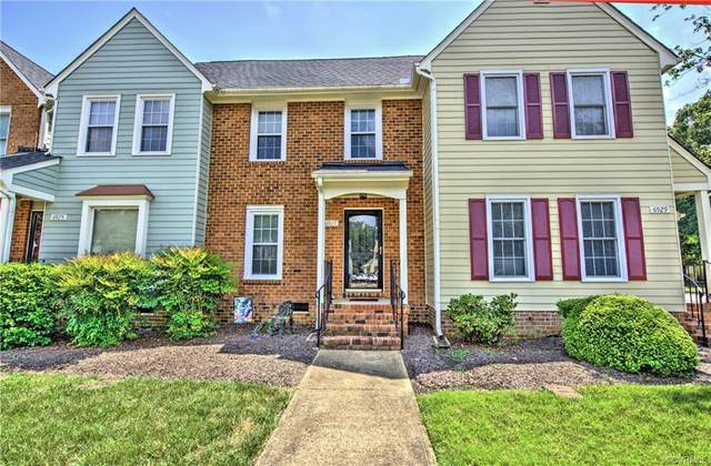 6927 E Fox Green, Chesterfield, VA 23832 (MLS #2122745) :: Village Concepts Realty Group