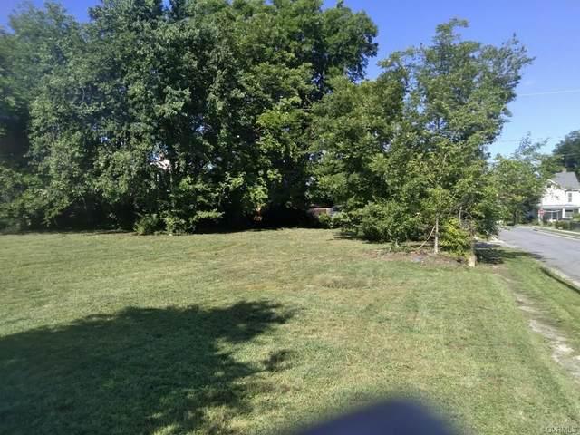2116 Lamb Ave, North, VA 23222 (MLS #2125378) :: The Redux Group