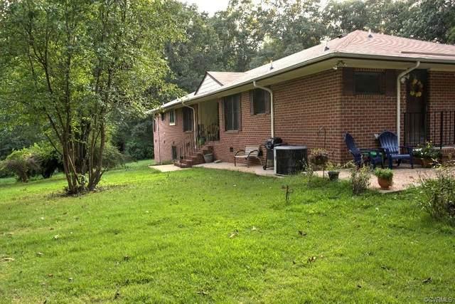 5809 Cold Harbor Road, Mechanicsville, VA 23111 (MLS #2126505) :: Village Concepts Realty Group