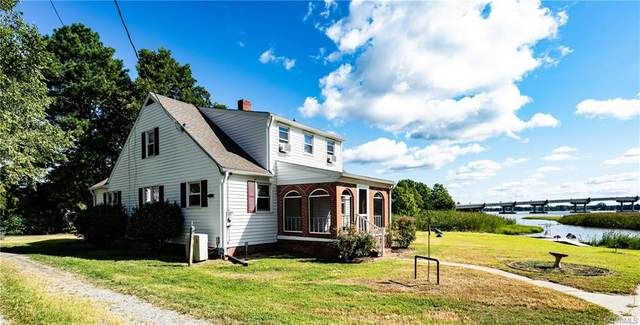534 12th Street, West Point, VA 23181 (MLS #2127493) :: Village Concepts Realty Group