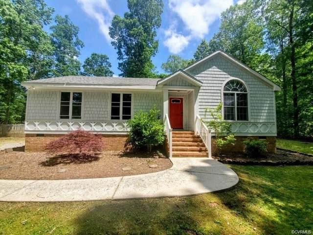 5810 Trenholm Woods Drive, Powhatan, VA 23139 (MLS #2127845) :: EXIT First Realty