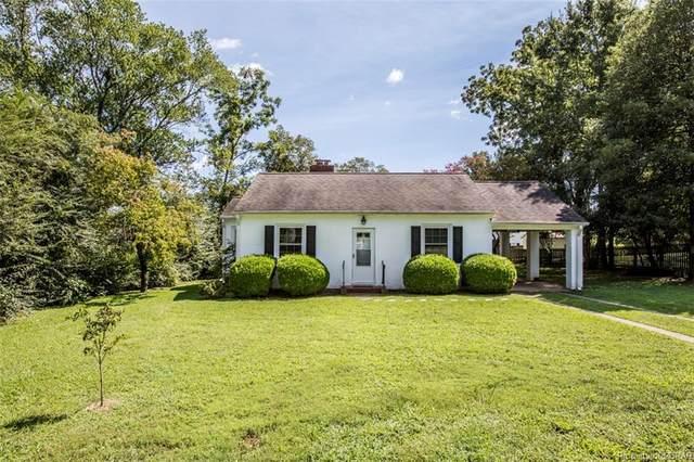 7425 Lewis Avenue, Gloucester, VA 23061 (MLS #2128220) :: Village Concepts Realty Group
