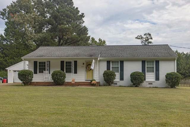 19321 Eanes Road, South Chesterfield, VA 23803 (MLS #2128623) :: Village Concepts Realty Group