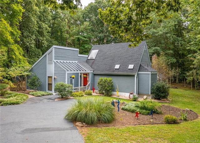 13401 Castle Hollow Court, Chesterfield, VA 23114 (MLS #2128836) :: Village Concepts Realty Group