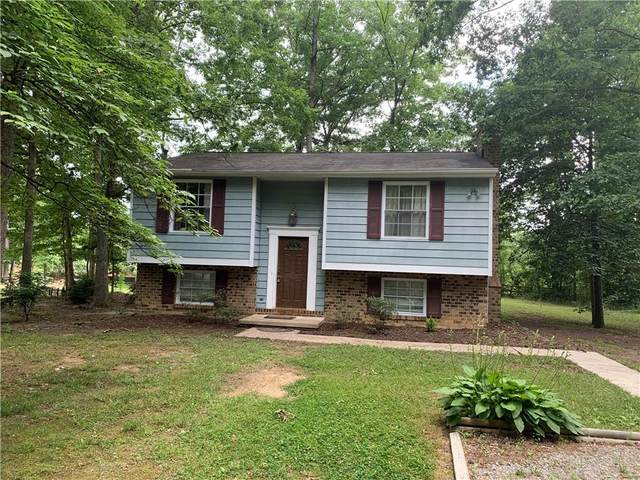 13822 Sutters Mill Road, Midlothian, VA 23112 (MLS #2130343) :: Village Concepts Realty Group