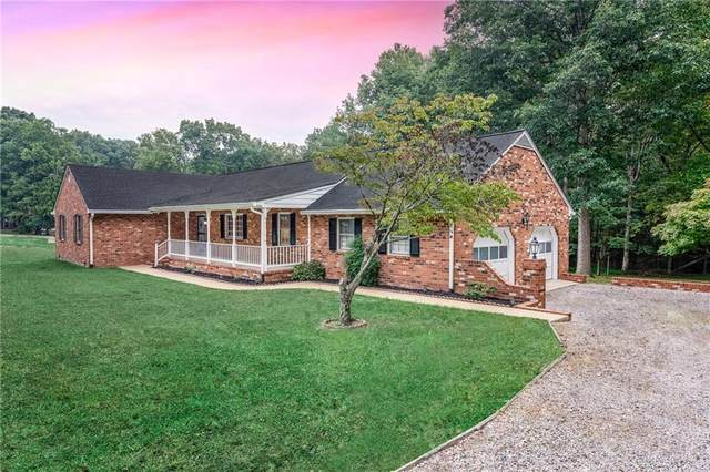 6929 Fieldwood Road, Chester, VA 23831 (MLS #2130665) :: Village Concepts Realty Group