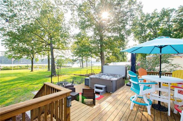 752 Shore Drive, Hartfield, VA 23071 (MLS #2130708) :: Village Concepts Realty Group