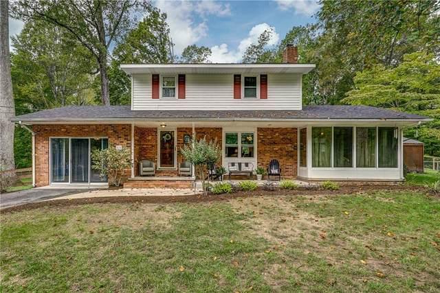 816 N Lakeshore Drive, Louisa, VA 23093 (MLS #2130902) :: Village Concepts Realty Group