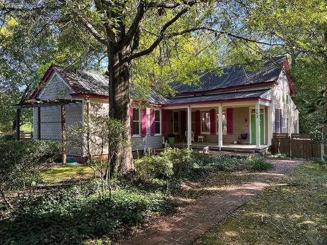 703 S Center Street, Ashland, VA 23005 (MLS #2130911) :: The RVA Group Realty