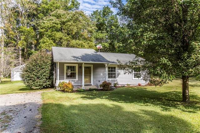 6347 Meadow Drive, Gloucester, VA 23061 (MLS #2131553) :: Village Concepts Realty Group