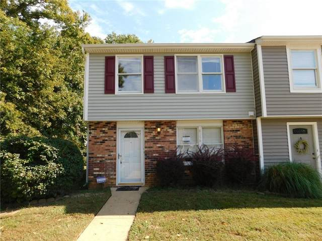 8156 Clovertree Court, Chesterfield, VA 23235 (MLS #2131623) :: The Redux Group