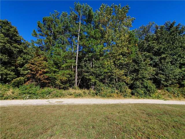 15105 Woods Edge Road, South Chesterfield, VA 23834 (MLS #2131950) :: Village Concepts Realty Group