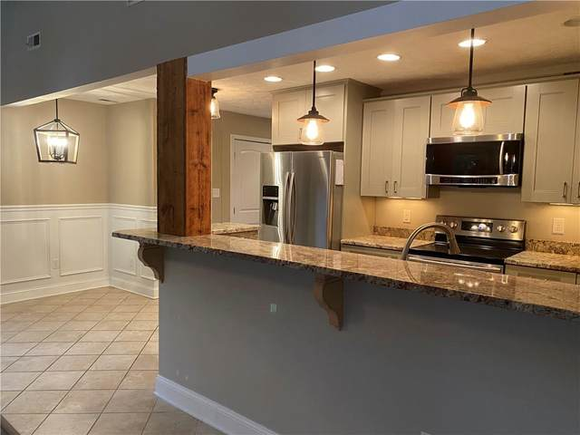 6184 Rolling Forest Circle, Hanover, VA 23111 (MLS #2132210) :: The RVA Group Realty