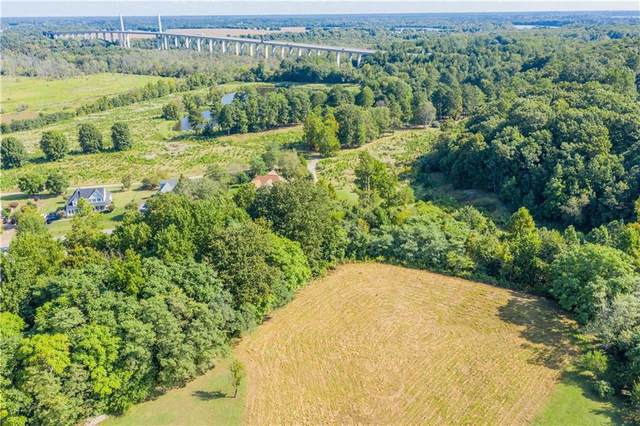 11800 Middlecoff Drive, Chester, VA 23836 (MLS #2132417) :: The Redux Group