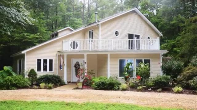 137 Scoggins Creek Trail, Hartfield, VA 23071 (#1829360) :: Abbitt Realty Co.