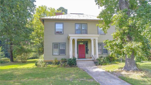 1562 Berkeley Avenue, Petersburg, VA 23805 (#1831646) :: Abbitt Realty Co.