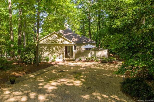 293 Cottage Lane, Irvington, VA 22473 (MLS #1912126) :: Small & Associates