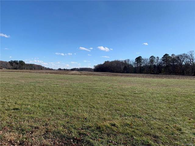 04 W Banbury Road, Tappahannock, VA 22560 (MLS #2000636) :: Small & Associates