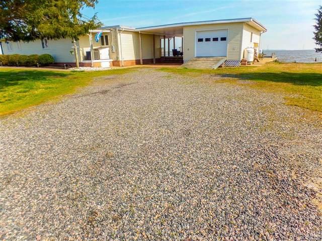 994 Fort Lowry Lane, Dunnsville, VA 22454 (MLS #2007658) :: Small & Associates