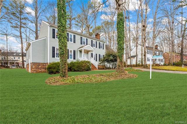 5812 Oak Knoll Road, Midlothian, VA 23112 (MLS #2036203) :: Village Concepts Realty Group