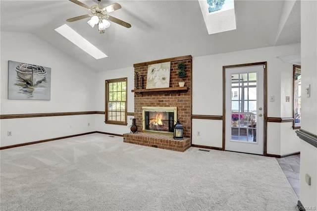 303 Blair Drive, Yorktown, VA 23692 (MLS #2110547) :: Village Concepts Realty Group