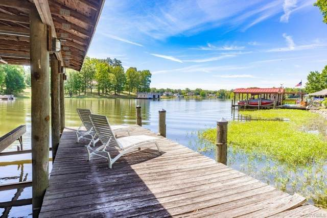 20143 Oak River Court, Chesterfield, VA 23803 (MLS #2112046) :: The RVA Group Realty