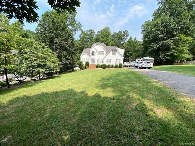 7024 Amstel Bluff Way, Chesterfield, VA 23838 (MLS #2122943) :: EXIT First Realty