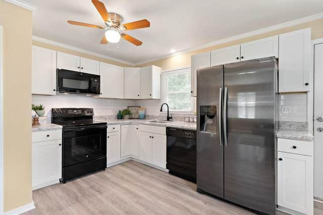 10118 Clearwood Road, Chesterfield, VA 23832 (MLS #2126941) :: Village Concepts Realty Group