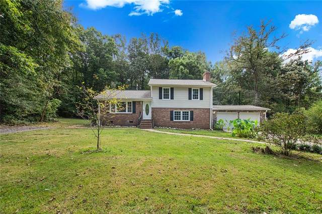 14209 Spruce Avenue, Chester, VA 23836 (MLS #2131365) :: Village Concepts Realty Group