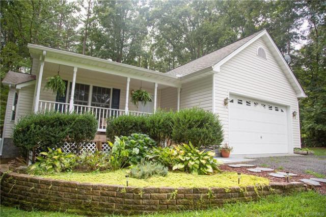 95 Lake Caroline Drive, Ruther Glen, VA 22546 (#1823819) :: Abbitt Realty Co.