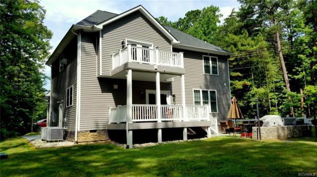 496 Lake Caroline Drive, Ruther Glen, VA 22546 (#1826430) :: Abbitt Realty Co.