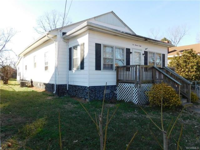 208 S 16th Avenue, Hopewell, VA 23860 (MLS #1901639) :: Small & Associates