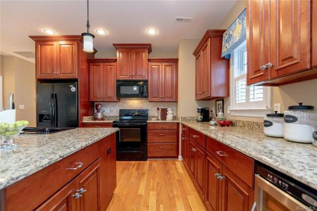 7323 Cornus Avenue, Chesterfield, VA 23832 (MLS #2002242) :: The RVA Group Realty