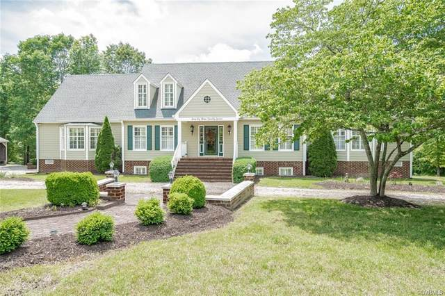 7397 Hidden Lake Circle, Mechanicsville, VA 23111 (MLS #2009241) :: Blake and Ali Poore Team