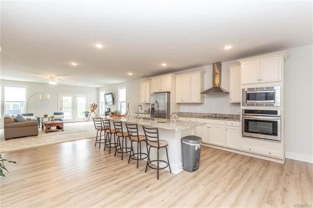 1 Flatwater Row B, Henrico, VA 23231 (MLS #2022653) :: Small & Associates