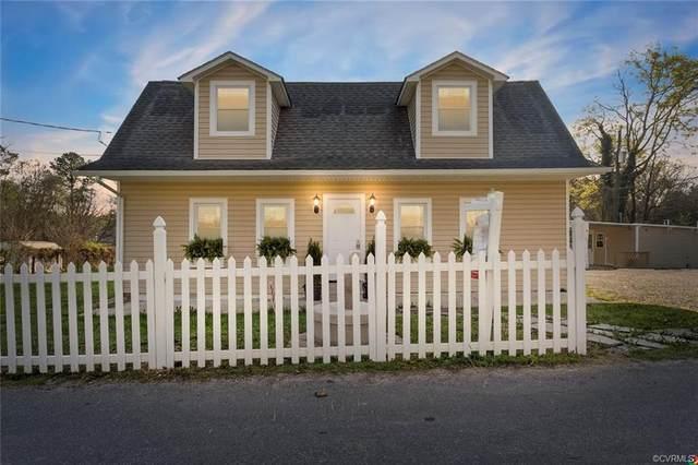 21619 Stuart Avenue, Petersburg, VA 23803 (MLS #2107402) :: Village Concepts Realty Group