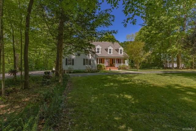 1120 Forest Lane, Spring Grove, VA 23881 (#2112894) :: Abbitt Realty Co.