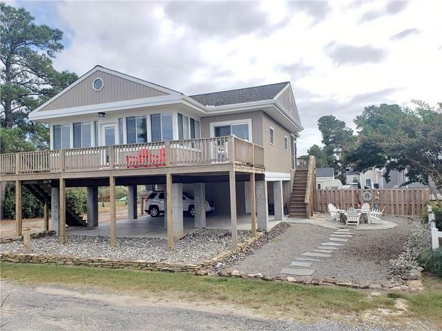 715 Riverside Drive, Deltaville, VA 23043 (MLS #2130167) :: Village Concepts Realty Group
