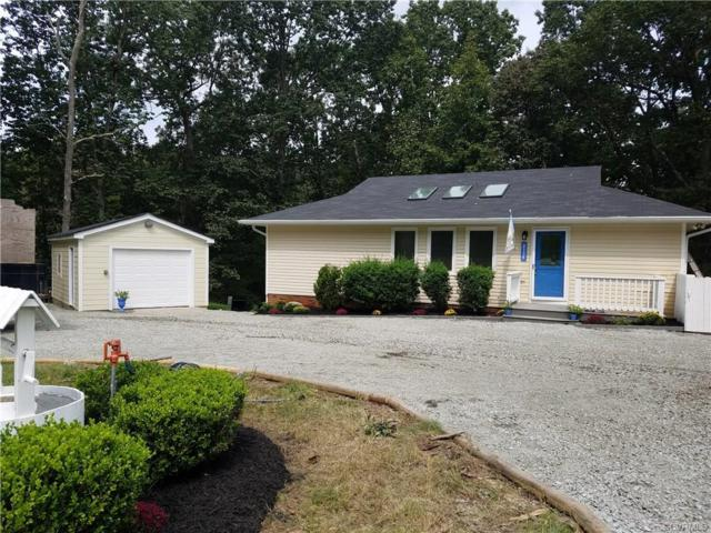 2134 Scarlet Mill Lane, Powhatan, VA 23139 (#1831450) :: Abbitt Realty Co.