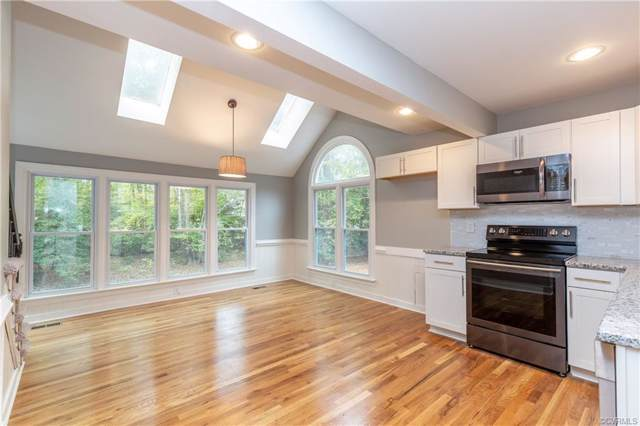 5910 Gates Mill Place, Midlothian, VA 23112 (MLS #1933898) :: EXIT First Realty