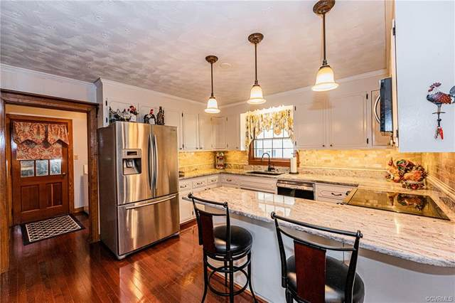 107 N Radford Drive, Hopewell, VA 23860 (MLS #2035114) :: Treehouse Realty VA