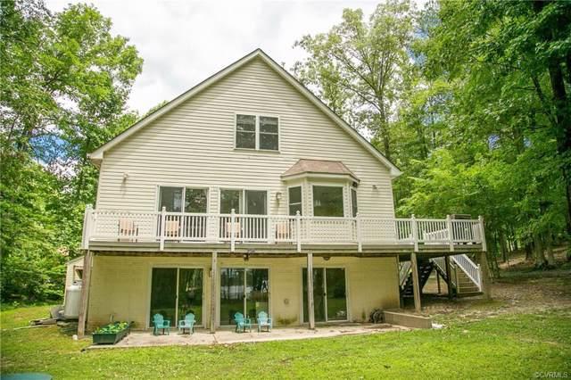 734 Lake Caroline Drive, Ladysmith, VA 22546 (#1901506) :: Abbitt Realty Co.