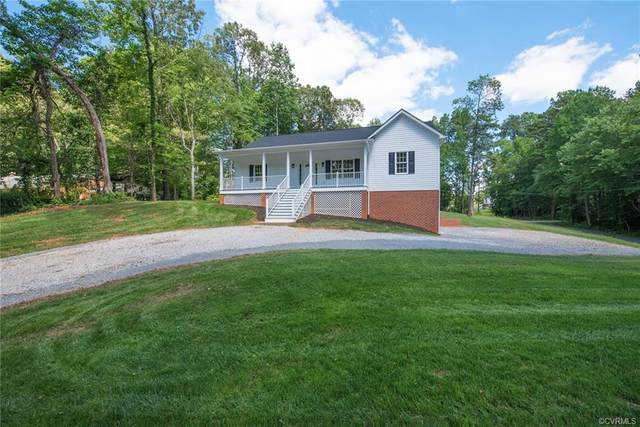2898 Pitts Drive, Goochland, VA 23063 (MLS #2119239) :: EXIT First Realty