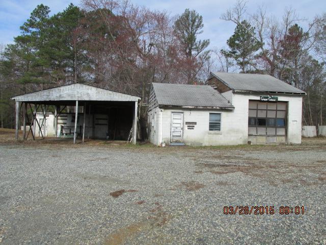 18520 Passing Road, Milford, VA 22514 (MLS #1508023) :: The Ryan Sanford Team