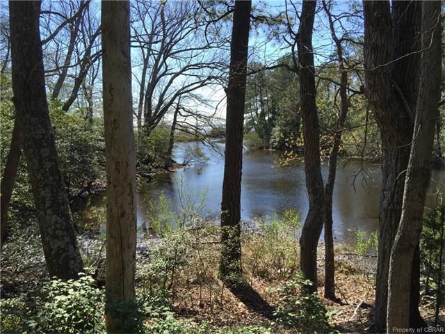 10 Spindrift Rd., White Stone, VA 22578 (MLS #1610765) :: Chantel Ray Real Estate