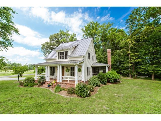255 Cedar Pointe Drive, Weems, VA 22576 (MLS #1618135) :: Chantel Ray Real Estate