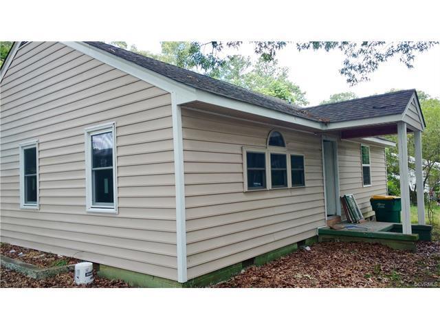 1504 Sunnyside Avenue, Hopewell, VA 23860 (#1722478) :: Resh Realty Group