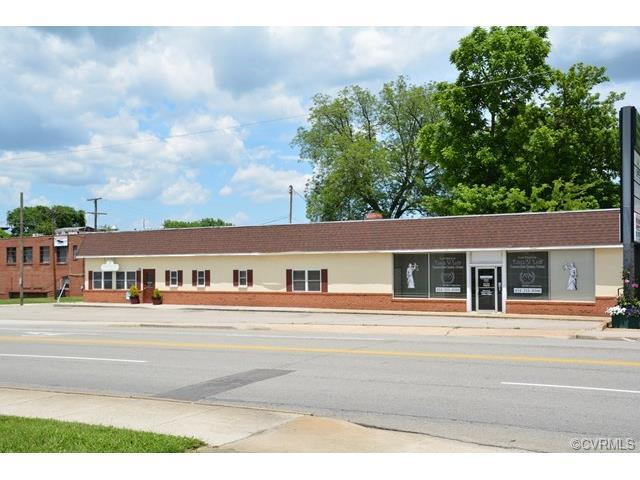 300 E Third St, Farmville, VA 23901 (MLS #1722832) :: The Ryan Sanford Team